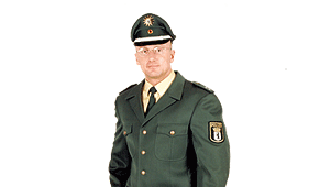 Oestergaard Uniform